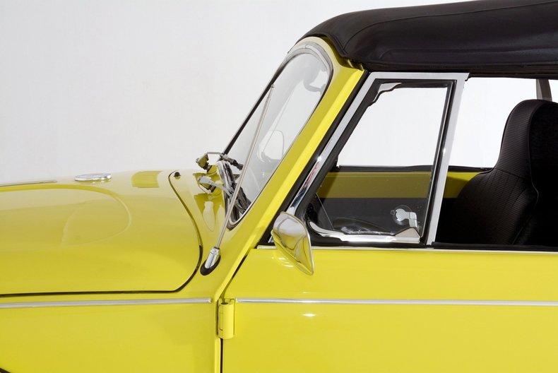 1971 Volkswagen Super Beetle Image 14