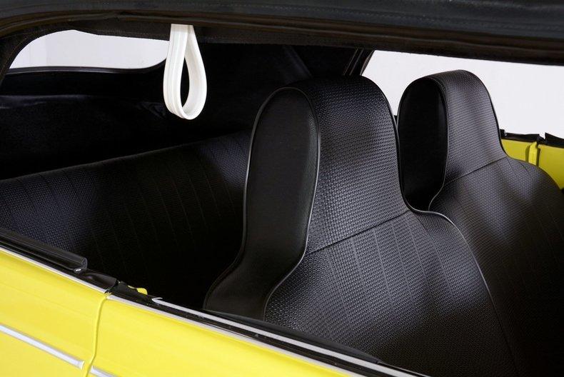 1971 Volkswagen Super Beetle Image 21