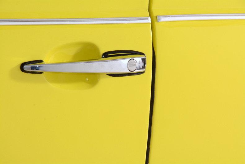 1971 Volkswagen Super Beetle Image 35
