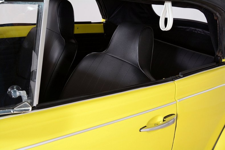 1971 Volkswagen Super Beetle Image 36