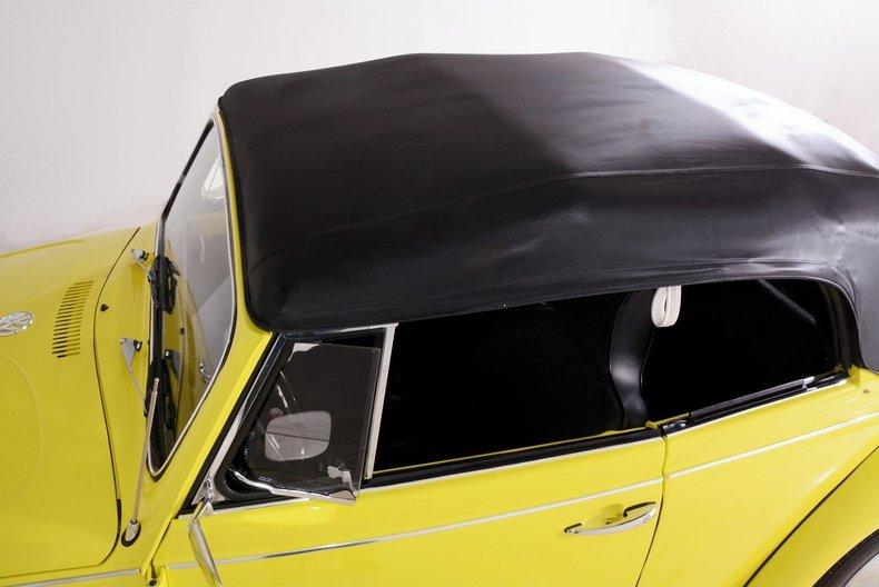 1971 Volkswagen Super Beetle Image 39