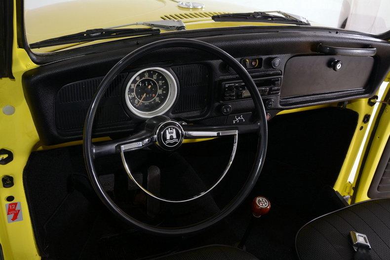 1971 Volkswagen Super Beetle Image 44