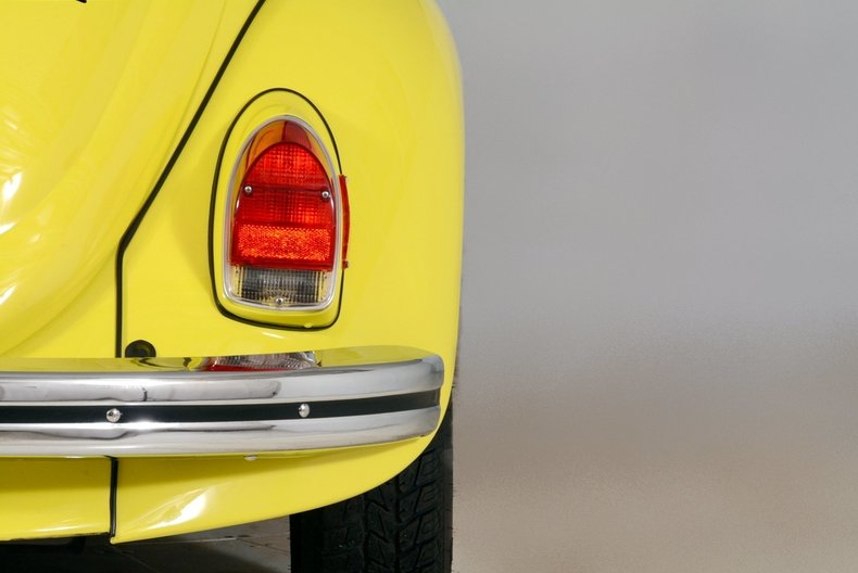 1971 Volkswagen Super Beetle Image 65