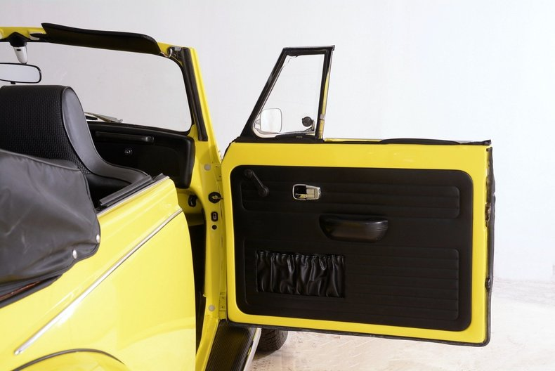 1971 Volkswagen Super Beetle Image 74