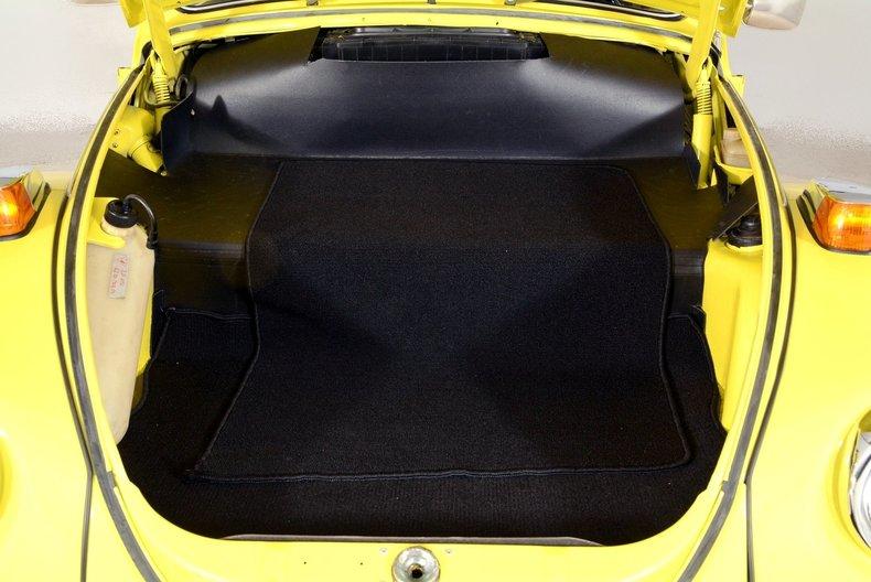 1971 Volkswagen Super Beetle Image 84
