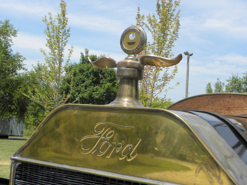 1913 Ford Model T Image 16