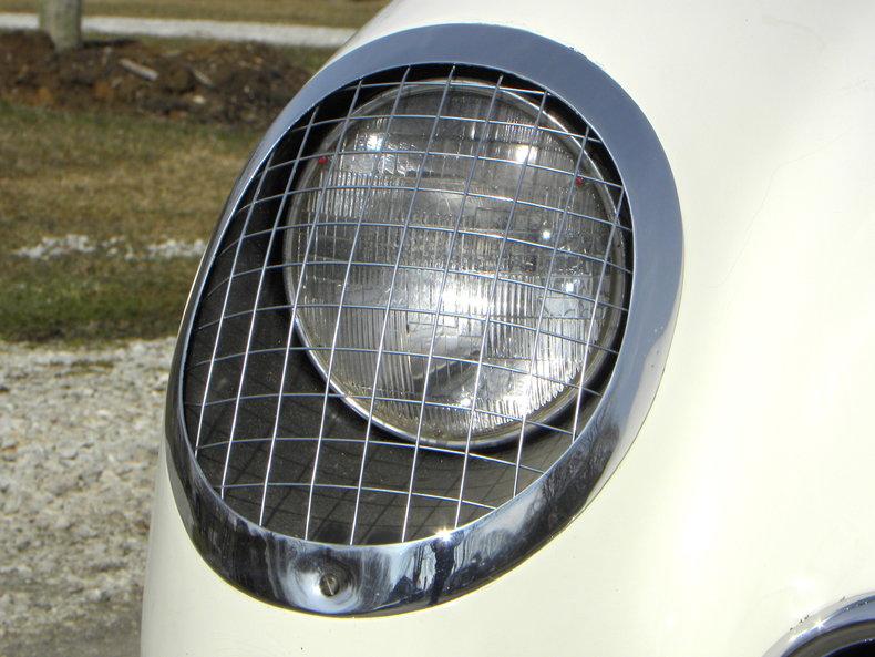 1954 Chevrolet Corvette Image 13
