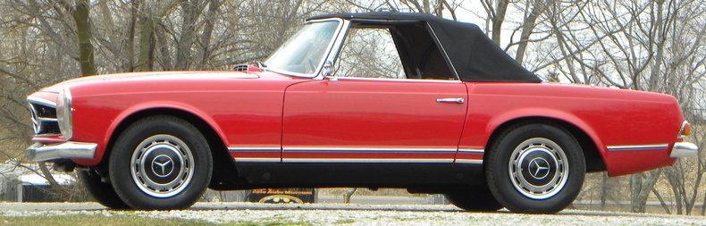 1965 Mercedes-Benz 230SL Image 3
