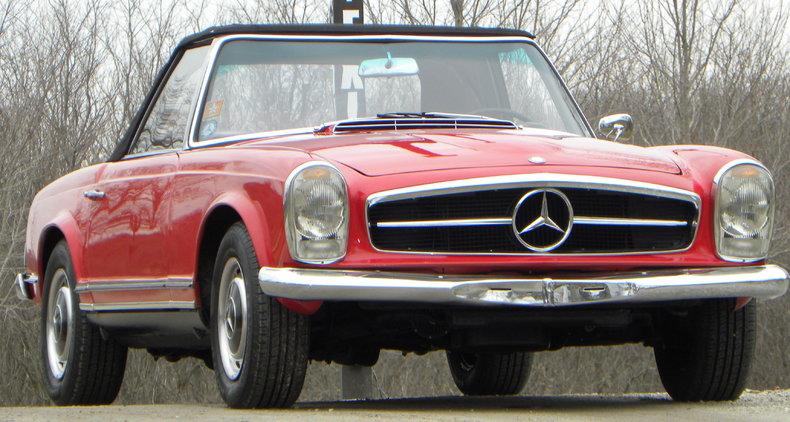 1965 Mercedes-Benz 230SL Image 8
