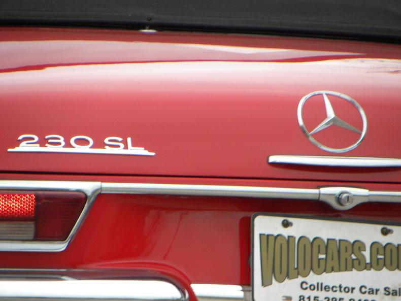 1965 Mercedes-Benz 230SL Image 21