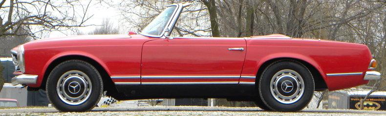 1965 Mercedes-Benz 230SL Image 22