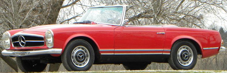 1965 Mercedes-Benz 230SL Image 24