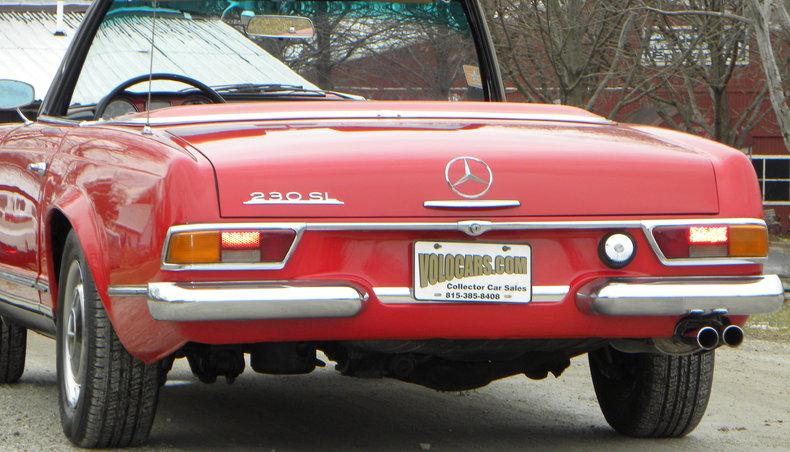 1965 Mercedes-Benz 230SL Image 35