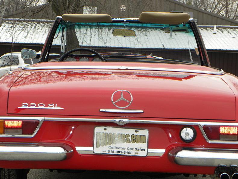 1965 Mercedes-Benz 230SL Image 36