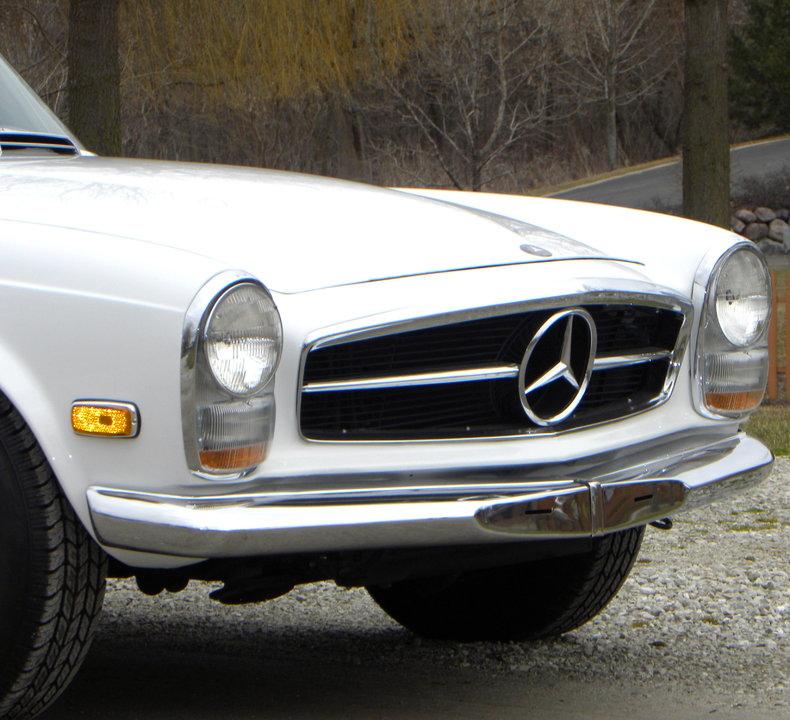 1968 Mercedes-Benz 250 SL Image 9