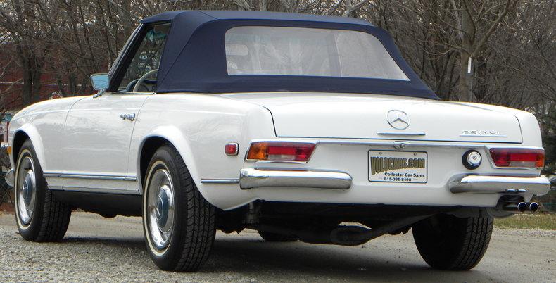 1968 Mercedes-Benz 250 SL Image 15