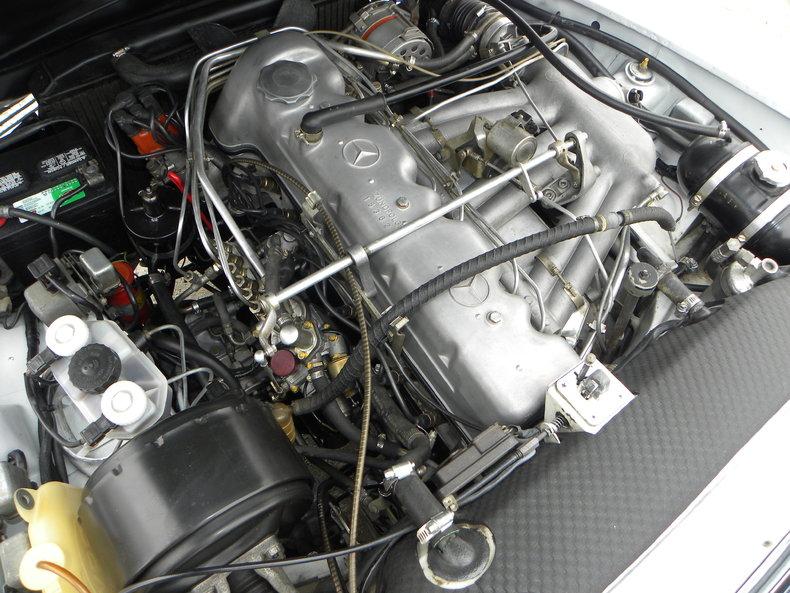 1968 Mercedes-Benz 250 SL Image 22