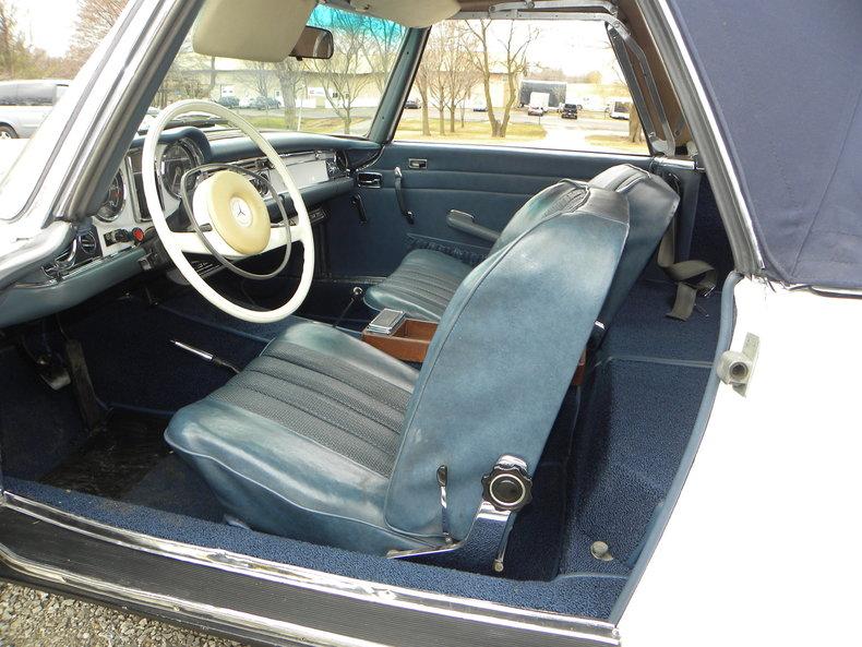 1968 Mercedes-Benz 250 SL Image 24