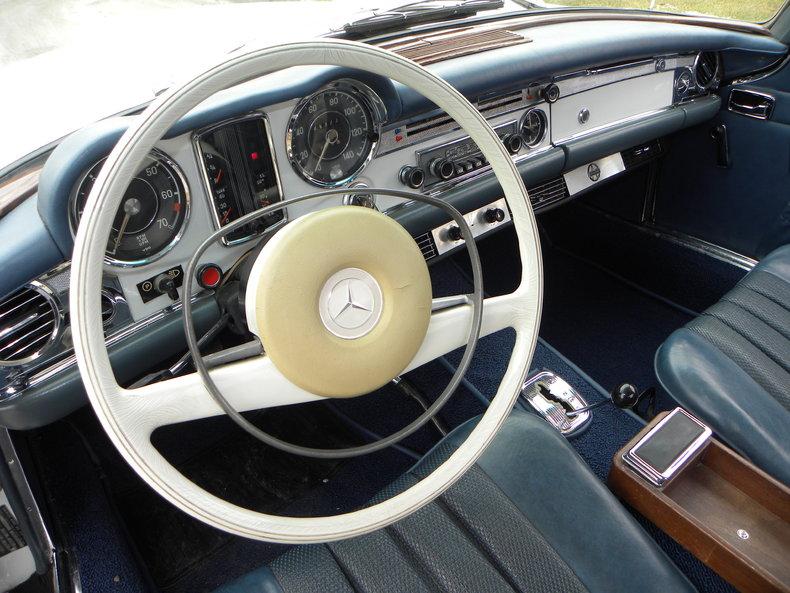 1968 Mercedes-Benz 250 SL Image 29