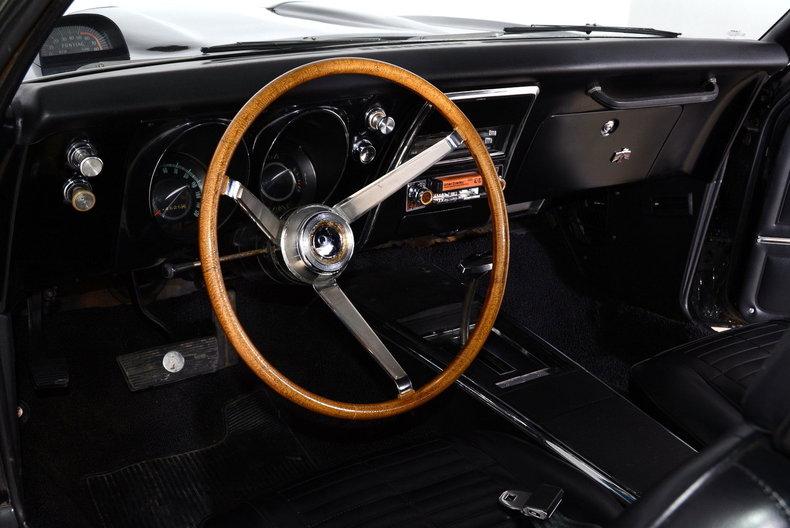 1967 Pontiac Firebird Image 2