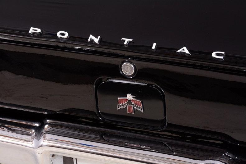 1967 Pontiac Firebird Image 8
