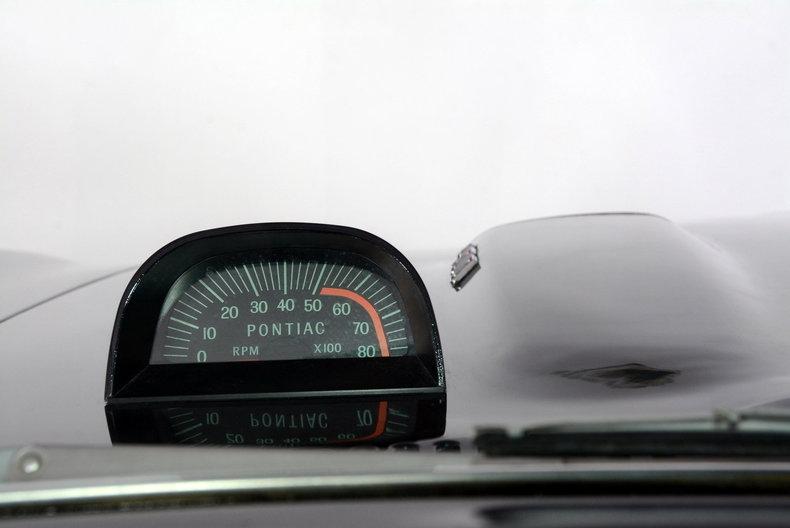 1967 Pontiac Firebird Image 18
