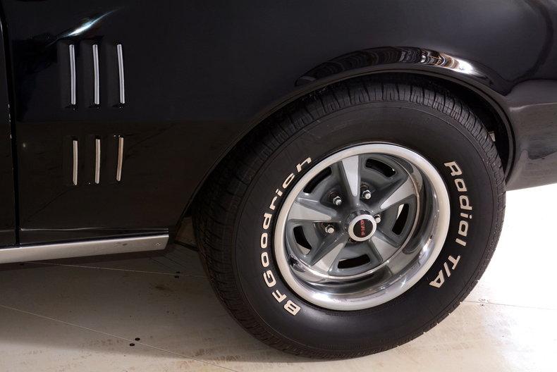 1967 Pontiac Firebird Image 20
