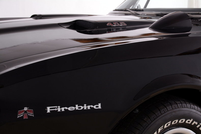 1967 Pontiac Firebird Image 28