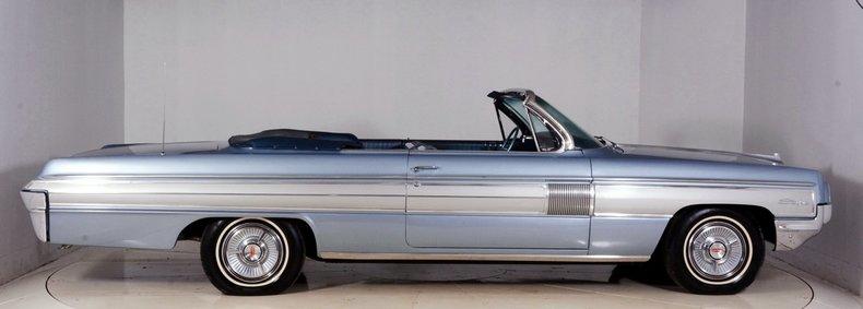 1962 Oldsmobile Starfire Image 17