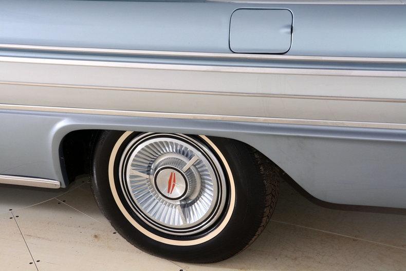1962 Oldsmobile Starfire Image 27