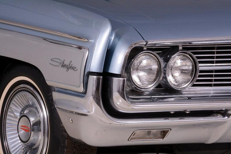 1962 Oldsmobile Starfire Image 28