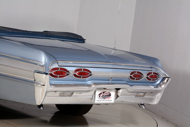 1962 Oldsmobile Starfire Image 30