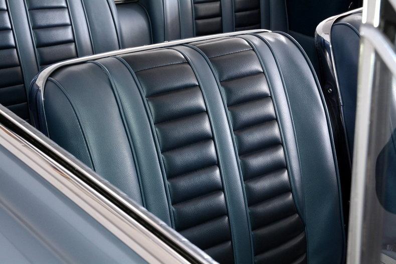 1962 Oldsmobile Starfire Image 36
