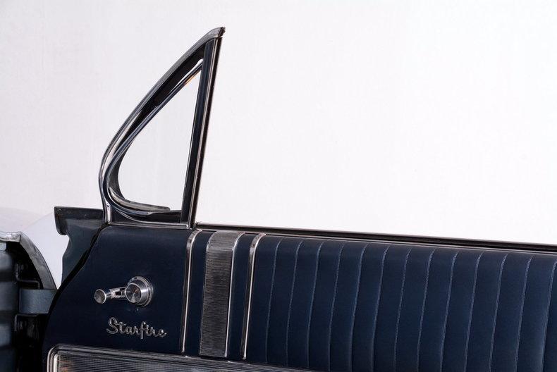 1962 Oldsmobile Starfire Image 39