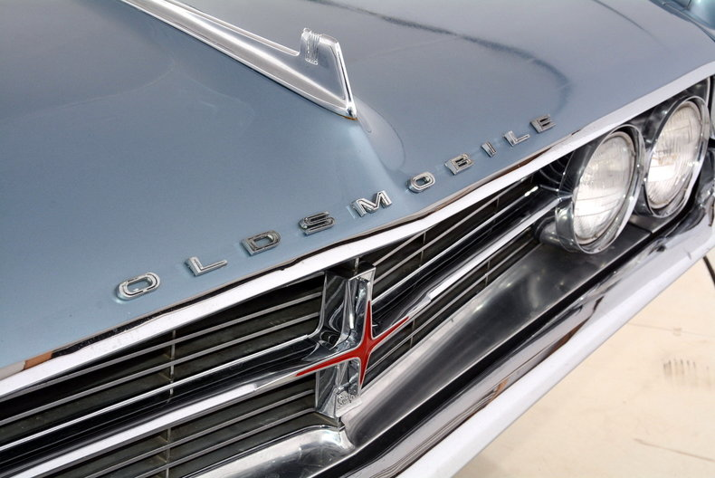 1962 Oldsmobile Starfire Image 40