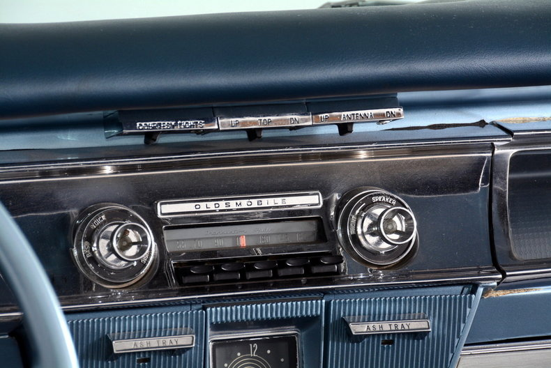 1962 Oldsmobile Starfire Image 43