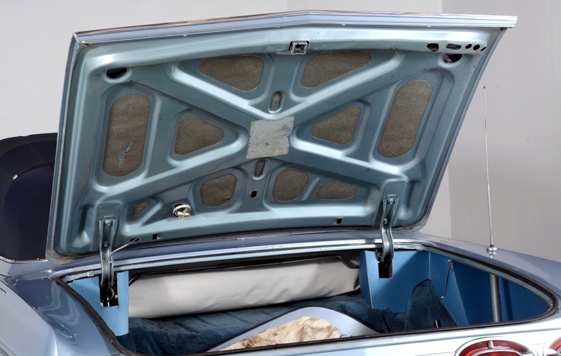 1962 Oldsmobile Starfire Image 96