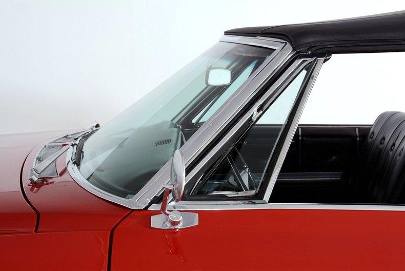 1967 Cadillac deVille Image 24