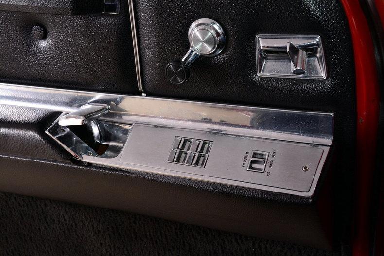 1967 Cadillac deVille Image 29