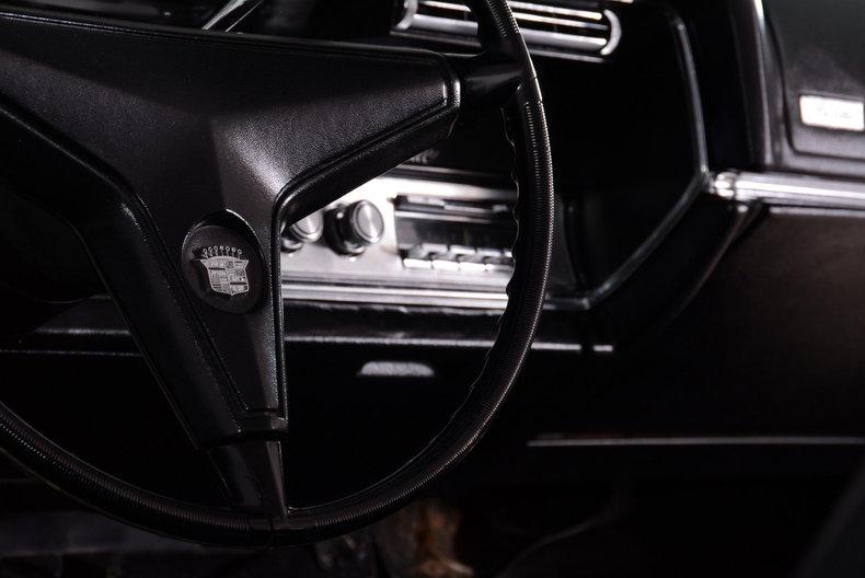 1967 Cadillac deVille Image 31