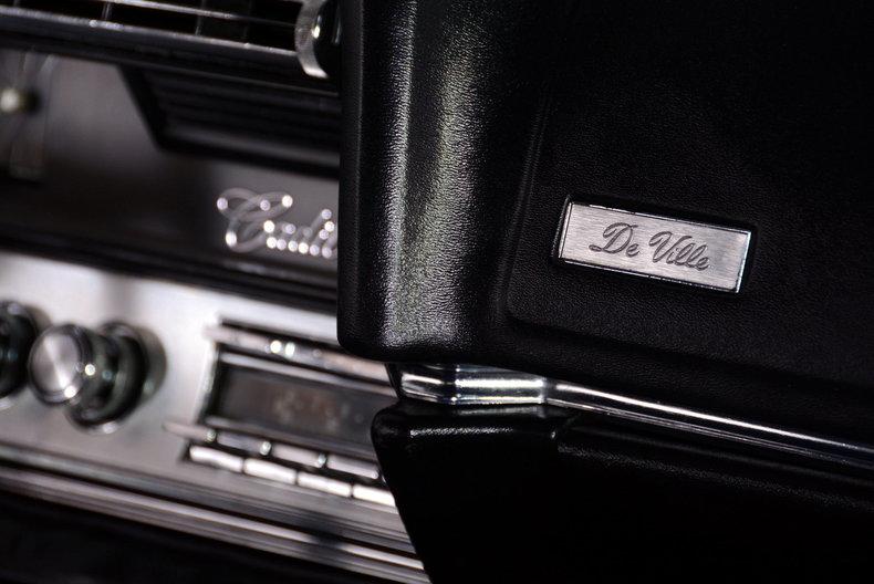 1967 Cadillac deVille Image 32