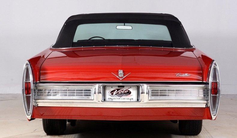 1967 Cadillac deVille Image 25