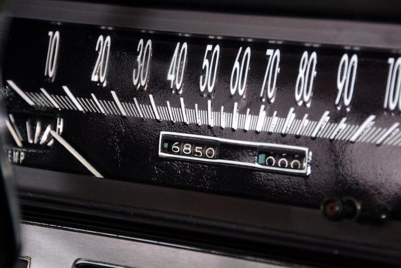 1967 Cadillac deVille Image 44