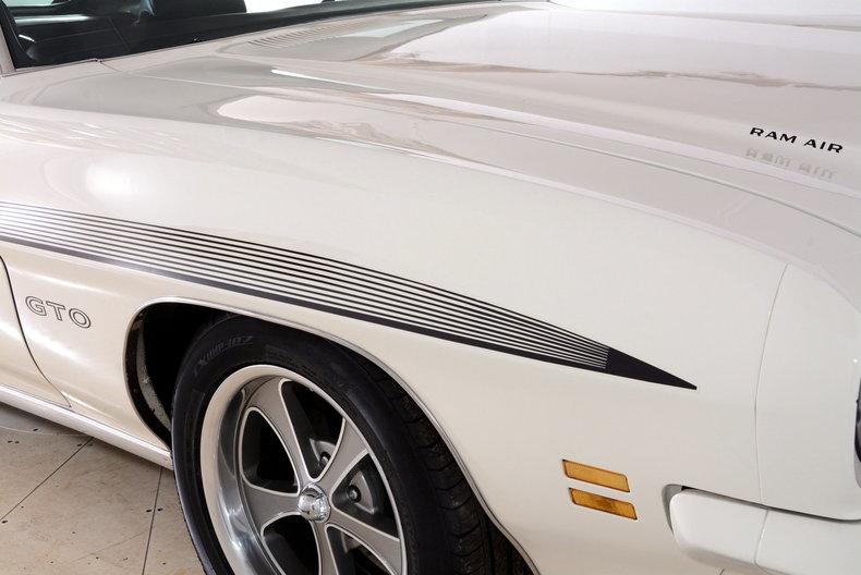 1971 Pontiac GTO Image 39