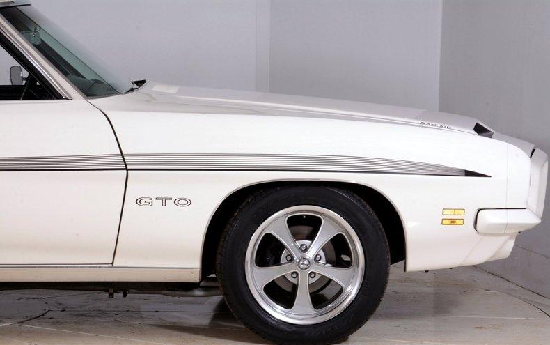 1971 Pontiac GTO Image 59