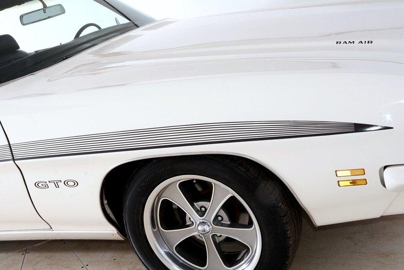 1971 Pontiac GTO Image 62
