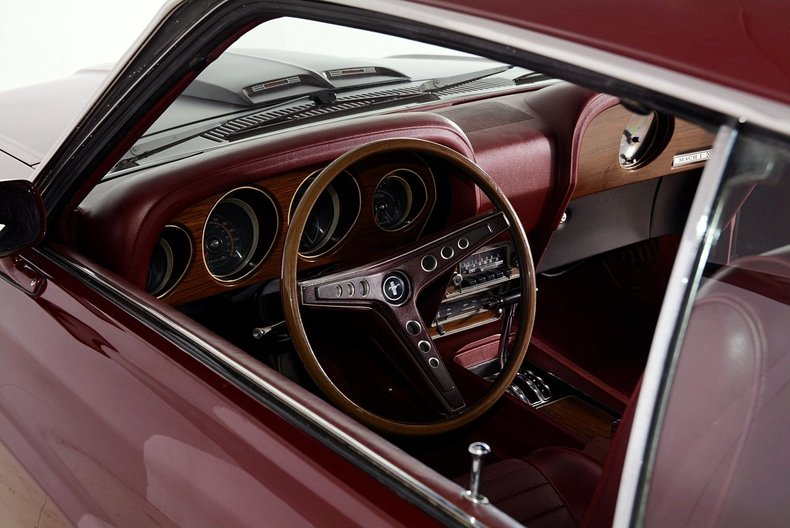 1969 Ford Mustang Image 2