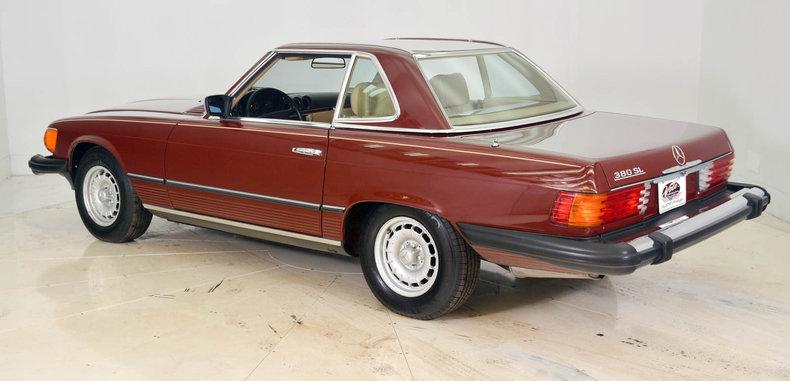 1982 Mercedes-Benz 380SL Image 8
