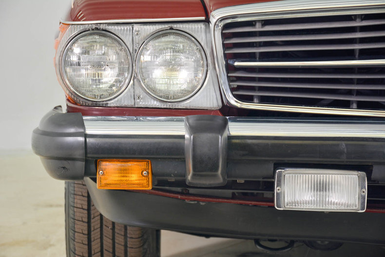 1982 Mercedes-Benz 380SL Image 36
