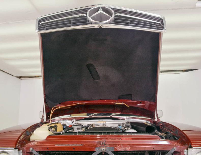 1982 Mercedes-Benz 380SL Image 29